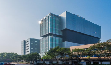 Business center in international building in core area of business zone in China